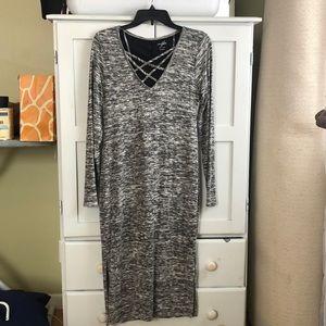 Alya long sleeved grey dress